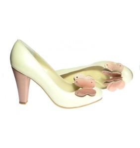 dsc_0892-pantofi-din-piele-toc-mediu-comod-crem-cu-fluturi