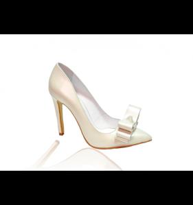 pantofi_din_piele_stiletto_ivoire_toc