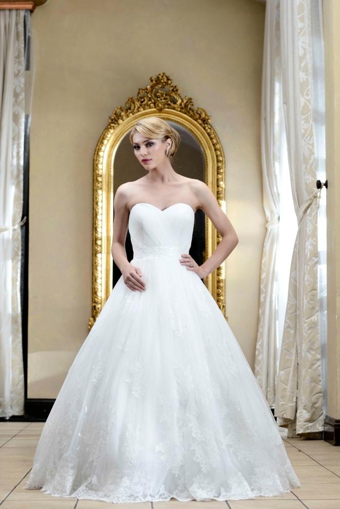 Rochie-cu-corset-drapat-in-forma-de-inima-Neus-2